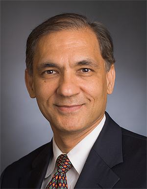 Nikhil Munshi, MD - headshot
