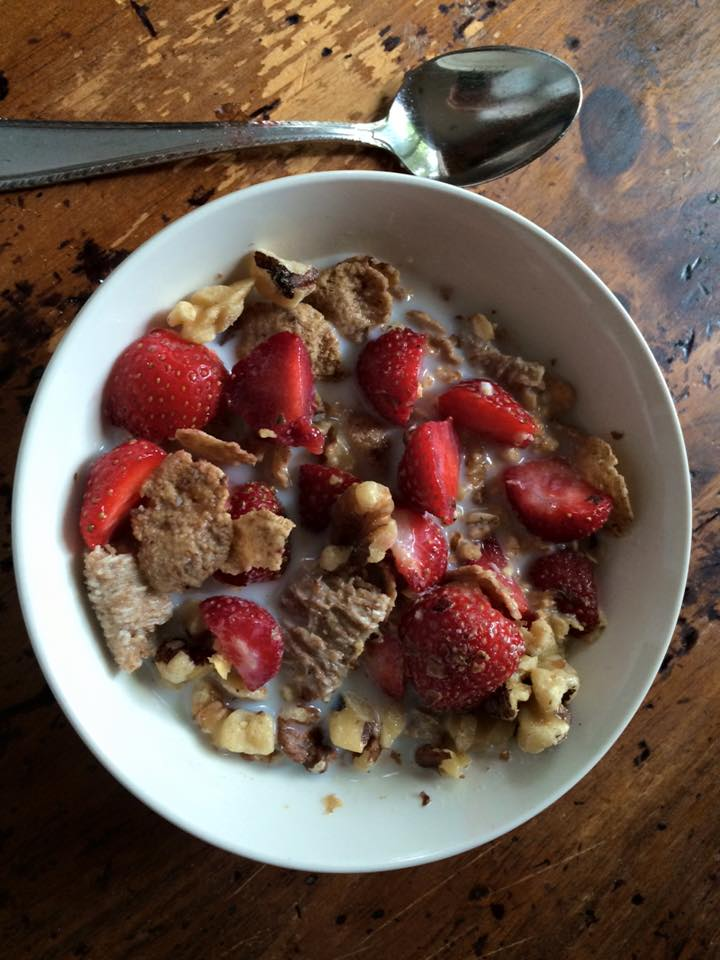 cereal with fruit strawberries