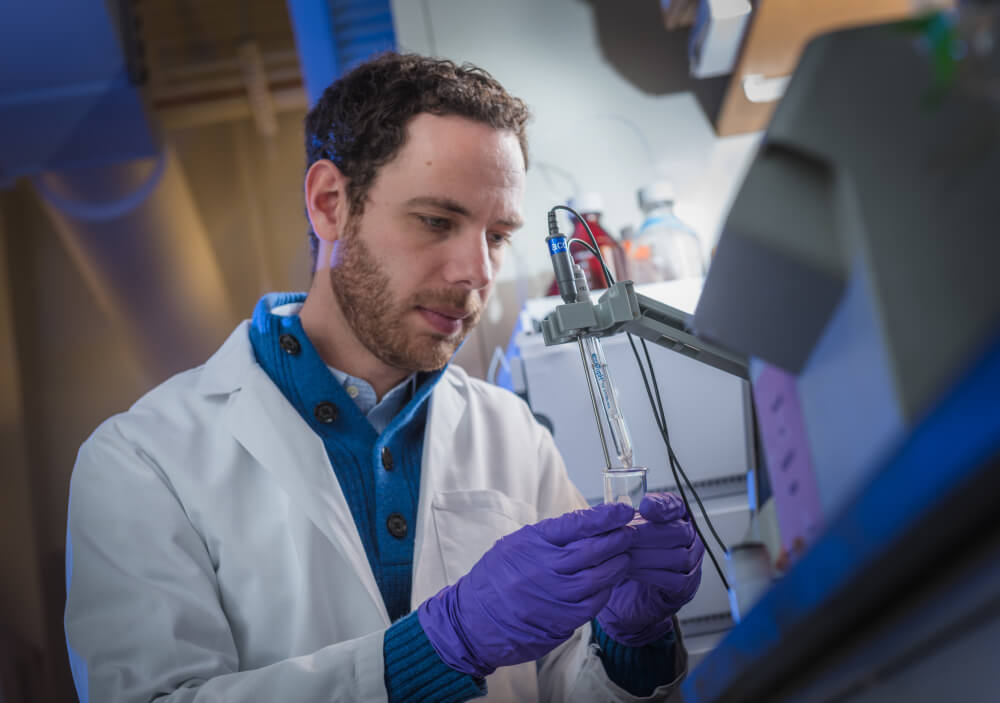 "Michael Goldberg, PhD, uses drug-filled nanoparticles to stimulate a T-cell invasion of tumors, making them ""hotter."""